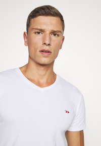 Diesel - UMTEE-MICHAEL 3 PACK - Undershirt - black/white/grey - 6