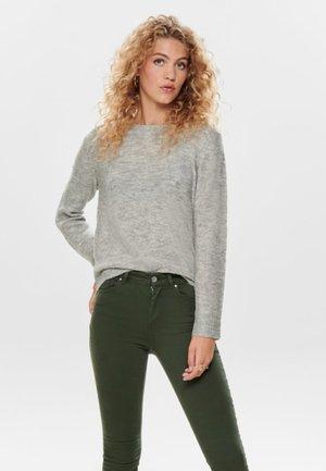 Stickad tröja - light grey melange