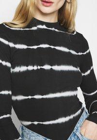 Weekday - VERA MOCKNECK - Long sleeved top - black - 5