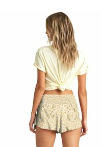 Billabong - WAVES ALL DAY  - Shorts - mimosa - 1