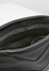 L. CREDI - FORTUNATA - Across body bag - grau - 3