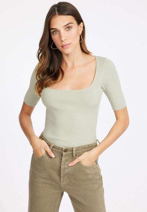PULL LOLA ENCOLURE CARREE - T-shirt basic - moss gray/vert mousse