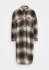 Noisy May - NMFLANNY ELA SHAKET - Klasický kabát - beige/ brown/ black - 4