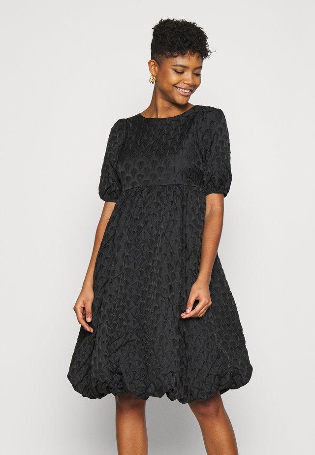 YASKYL MIDI DRESS SHOW - Sukienka koktajlowa - black