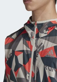 adidas Performance - OWN THE RUN CAMO JACKET - Outdoor jacket - grey - 5