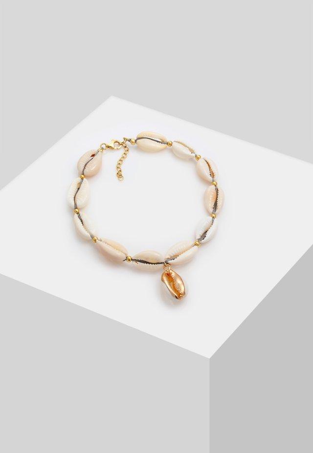 MUSCHEL FUSSSCHMUCK  - Armband - gold