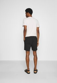 Selected Homme - SLHPETE STRING CAMP - Shorts - black - 2