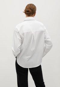 Mango - PROMISE - Button-down blouse - blanc cassé - 2