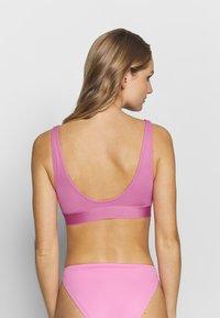 Weekday - SOLEIL SWIM TOP - Góra od bikini - pink - 2