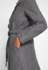 ONLY - ONLSANSA COAT - Krátký kabát - dark grey melange - 5