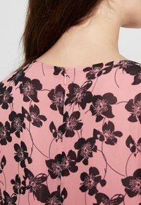 Moss Copenhagen - GRACIE SHORT DRESS - Day dress - light pink - 6