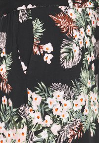 Vero Moda - VMSIMPLY EASY LONG - Shorts - black - 2