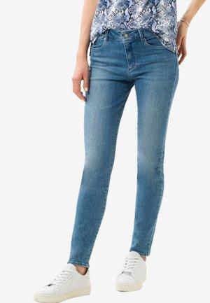 STYLE SHAKIRA - Jeans Skinny Fit - light blue