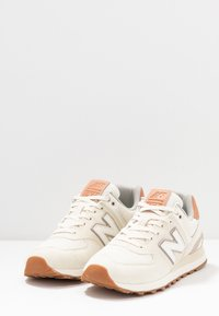 New Balance - WL574 - Sneakers - offwhite - 4