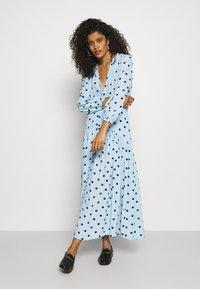 Ghost - ALANYA DRESS - Robe d'été - light blue/black - 1