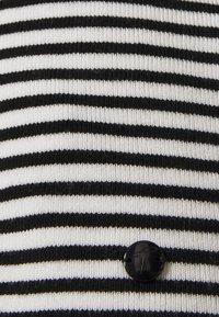 TOM TAILOR - SCALLOP EDGE - Jumper - black/white - 2