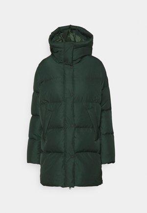 SANGI JACKET - Kabát zprachového peří - emerald green