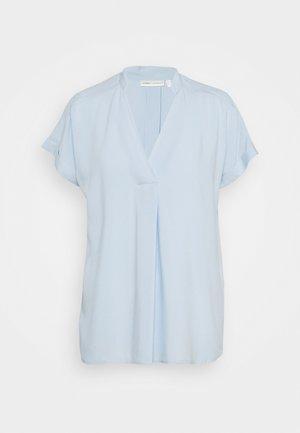 VIKSA  - Printtipaita - bleached blue