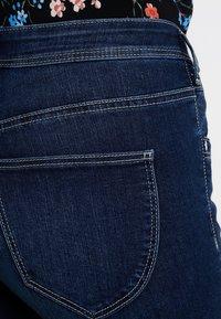 TOM TAILOR - KATE CAPRI - Shorts - dark stone wash denim         blue - 3