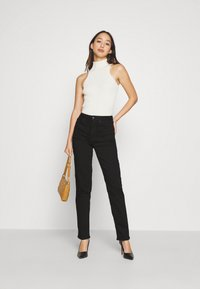Anna Field - STRAIGHT LEG - Jeans straight leg - black denim - 3