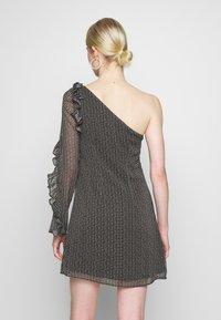 Stevie May - SPECKLE MINI DRESS - Denní šaty - black - 2