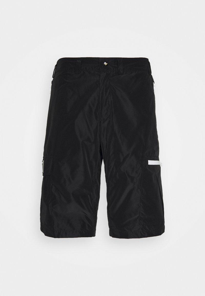 NUMERO 00 - Shorts - black