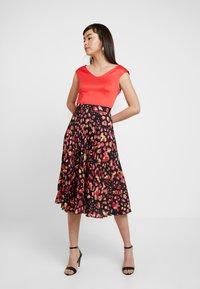Closet - PLEATED SKIRT DRESS - Vestito elegante - red - 2