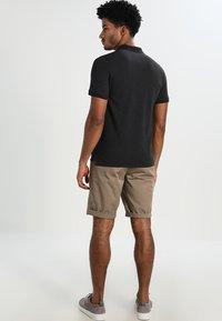Selected Homme - SLHARO EMBROIDERY - Polo shirt - dark grey melange - 2