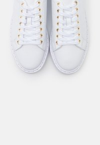 Lauren Ralph Lauren - ANGELINE  - Sneaker low - white/gold - 6