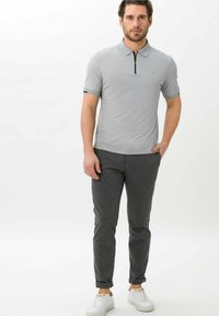 BRAX - STYLE PERCY - Polo shirt - cement - 1