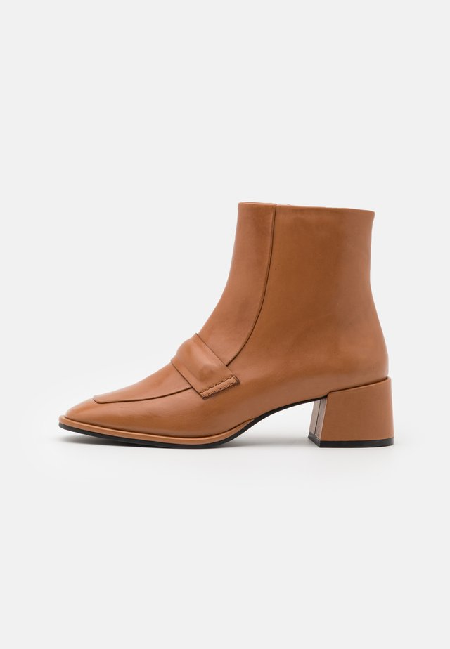 Classic ankle boots - firenze masala