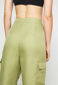 Missguided - BALLOON UTILITY TROUSERS - Trousers - khaki - 5