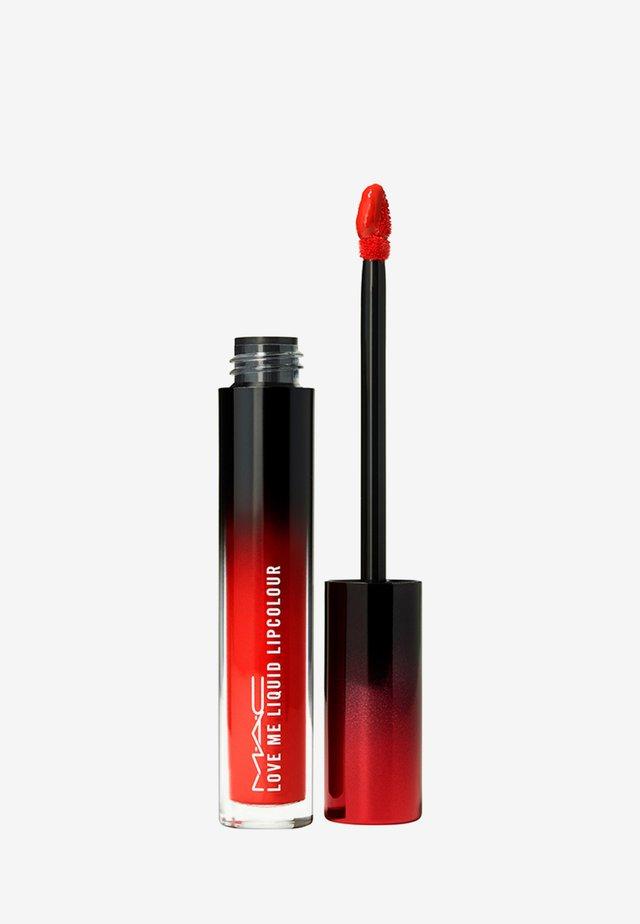 LOVE ME LIQUID LIPCOLOUR - Rouge à lèvres liquide - yeah, i`m fancy