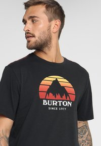 Burton - UNDERHILL - Print T-shirt - true black - 4