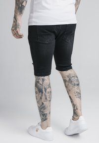 SIKSILK - Denim shorts - washed black - 4