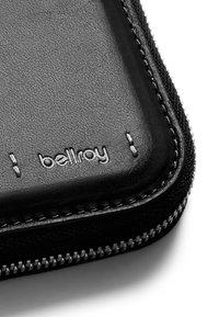 Bellroy - ZIP WALLET PREMIUM - Wallet - black - 2
