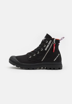 PAMPA OUT UNISEX - Sneakers hoog - black