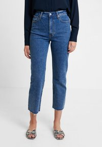 Abercrombie & Fitch - MARBLED ULTRA HIGH RISE ANKLE - Straight leg jeans - dark blue denim - 0