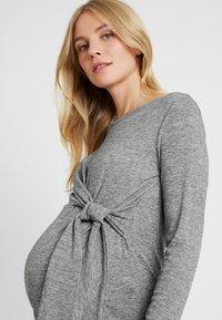MAMALICIOUS - MLEVITA - Långärmad tröja - medium grey melange melange - 4