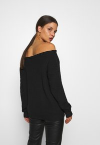 Missguided Petite - OPHELITA OFF SHOULDER JUMPER - Jumper - black - 2