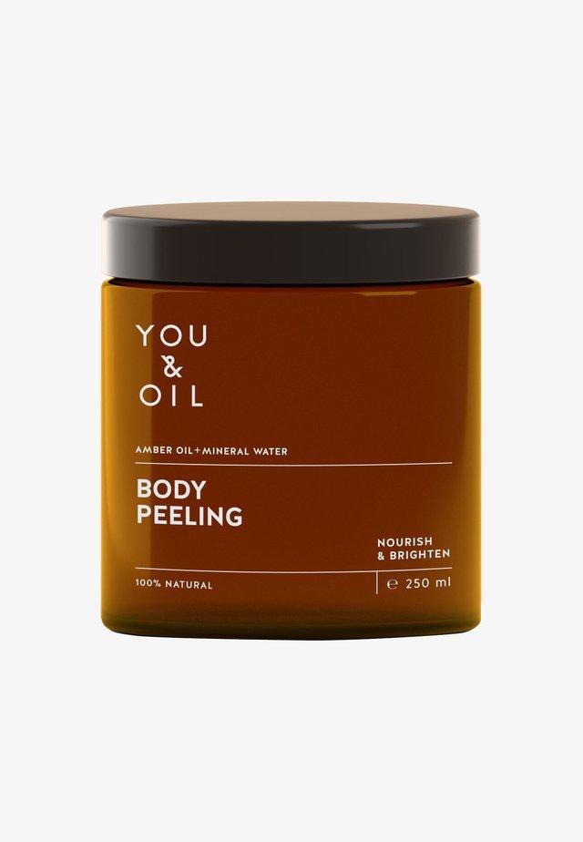 BODY PEELING - Body scrub - -