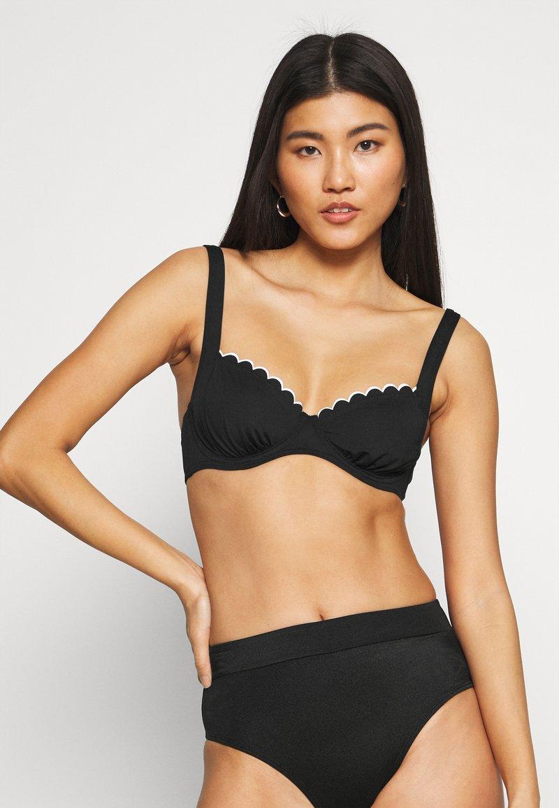 LASCANA - WIRE - Bikini top - black/white