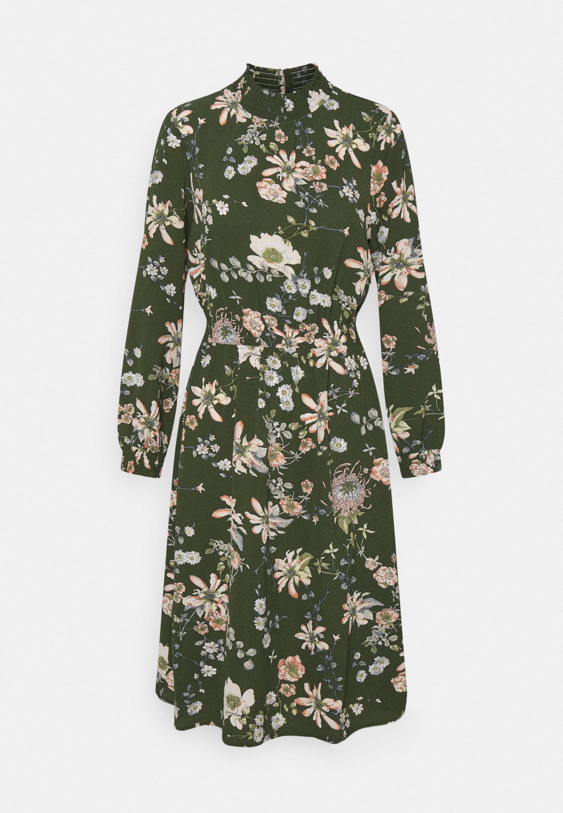 Women ONLNOVA LUX SMOCK DRESS - Day dress