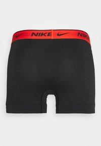Nike Underwear - DAY STRETCH TRUNK 3 PACK - Onderbroeken - team orange/cargo khaki/black - 7