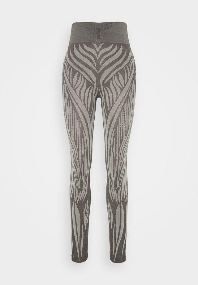 WILD - Leggings - moka