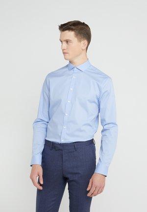 FILLIAM SLIM FIT - Formal shirt - airy blue