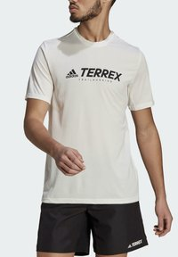 adidas Performance - TERREX PRIMEBLUE TRAIL FUNCTIONAL LOGO T-SHIRT - Printtipaita - white - 3