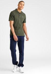 Lacoste Sport - HERREN - Pantalon de survêtement - navy blue - 1
