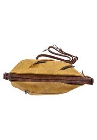 Rieker - Across body bag - gelb - 3