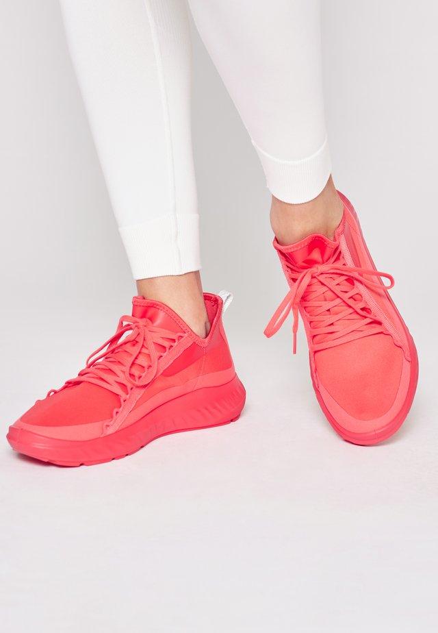 ST.1 LITE  - Sneakers laag - hibiscus